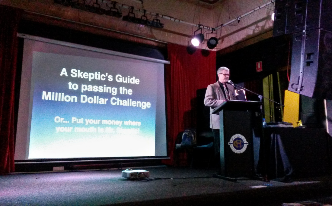 Skeptic Richard Saunders speaking at Paracon Australia 2016Picture